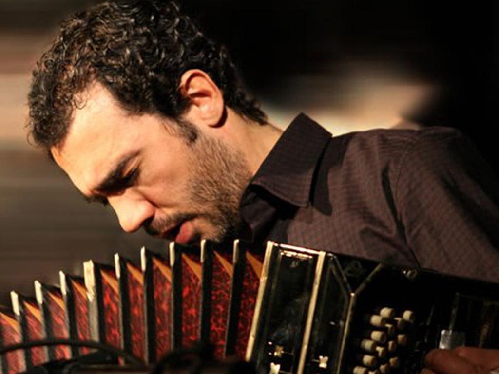 """DANIELE DI BONAVENTURA & FORM ENSEMBLE: """"TANGO SUITE"""", TRIBUTO AD ASTOR PIAZZOLLA - Stagione Sinfonica FORM"""
